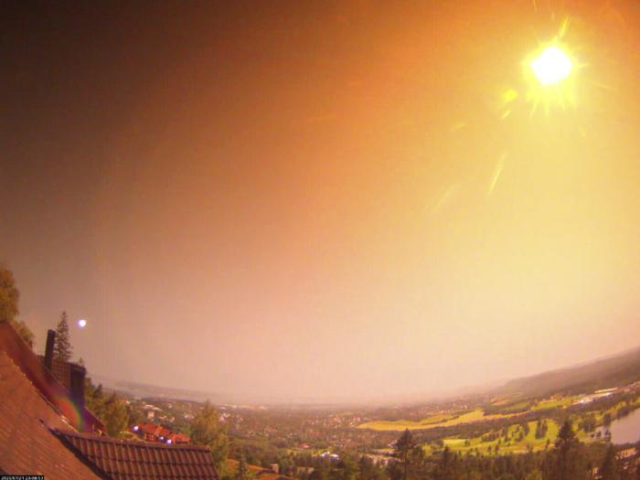 In this photo released by the Norwegian Meteor Network, a view of an unusually large meteor visible in Oslo, Sunday, July 25, 2021, giving a powerful flash of light over Eastern Norway